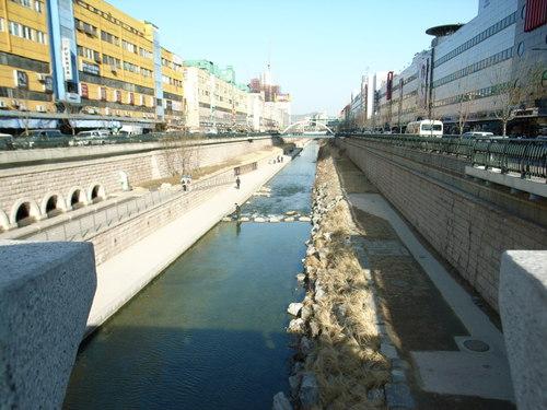 清渓川_遊歩道4